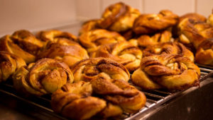 Kanelbulle il dolce svedese alla cannella: la ricetta del kanelbulle