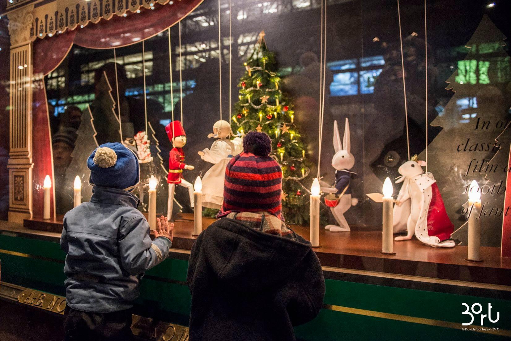 Natale a Stoccolma: le vetrine di Natale di NK