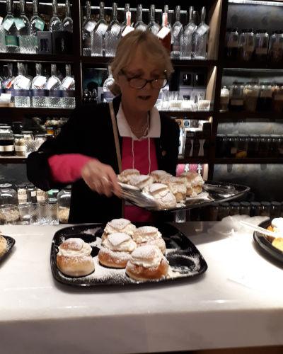 Semlor, i dolci svedesi del martedì grasso: la storia e la ricetta dei semlor