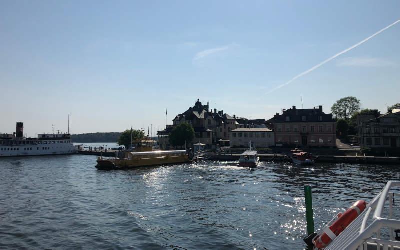 Una gita nell'arcipelago di Stoccolma: come arrivare a Vaxholm