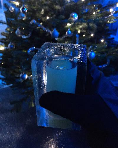 il bicchiere di ghiaccio dell'icebar di Stoccolma