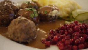 polpette svedesi köttbullar ricetta